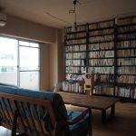 壁一面を本棚にできるつっぱり式のスチールラック